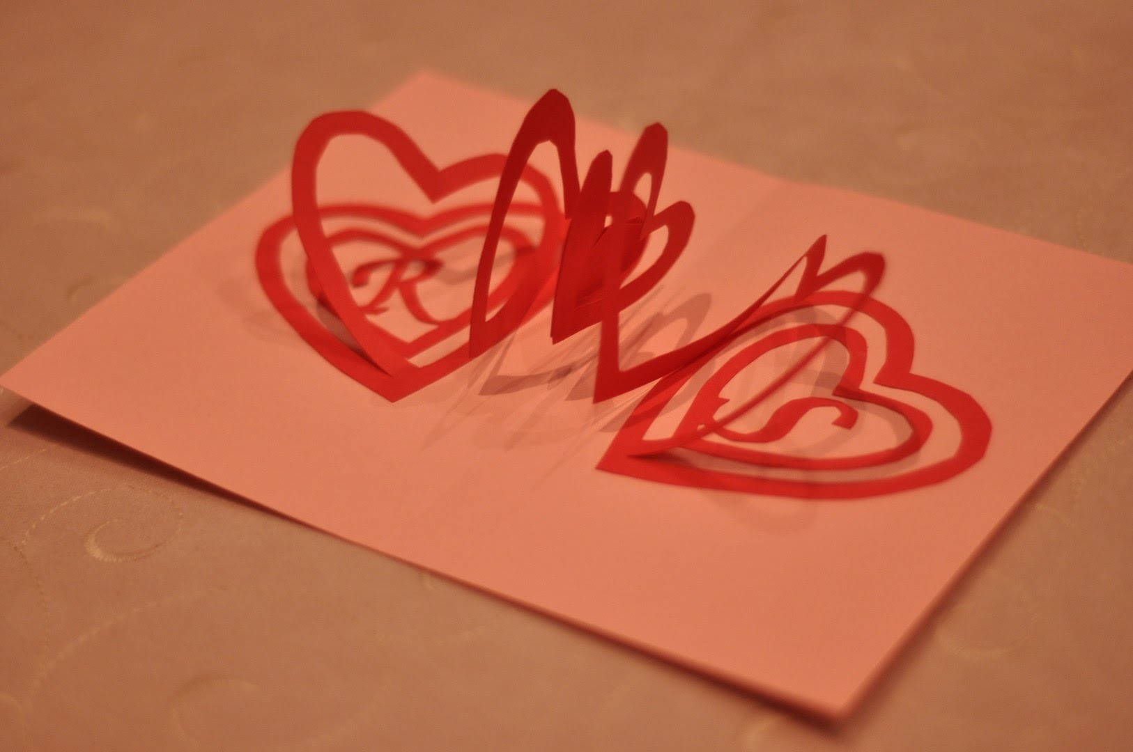 How to make a Valentine's Day Pop Up Card: Spiral Heart