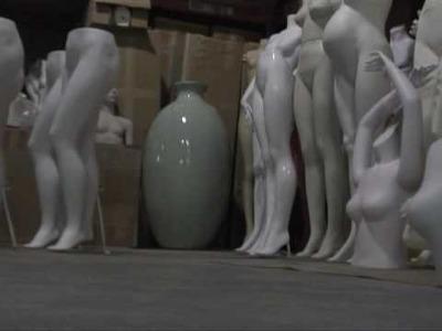 Molding a model body