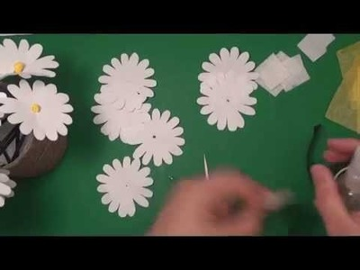 Paper Daisies DIY : An easy How to. !!!