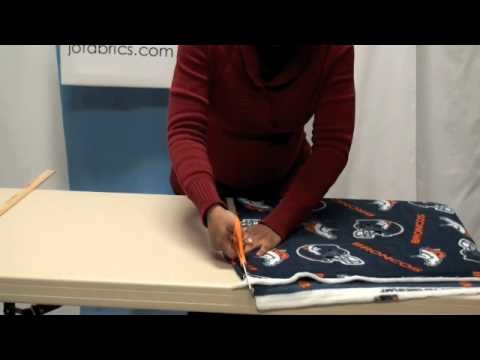 How to Make a No-Sew NFL Fleece Blanket