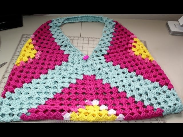 Easy crochet beach or park bag  Part One