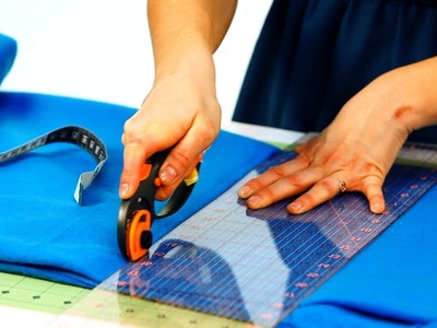 How to Cut Fabric for Fleece Blanket | No-Sew Crafts