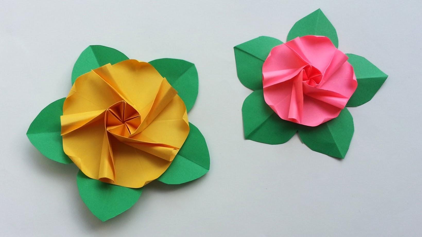 Origami flower: Hollyhock - Flor: Malva Rosa