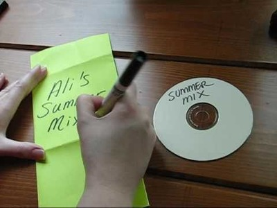 Make a Super Simple CD Sleeve!  [6.13.2009]