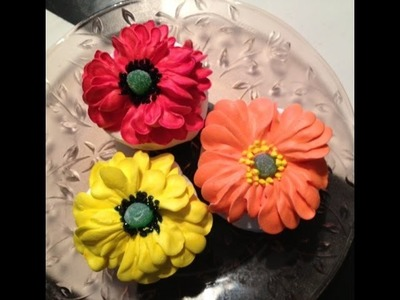 Poppies- Butter Cream- Cake Decorating