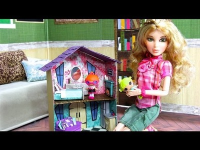 How to Make a Doll's Dollhouse | Plus Fun Finds: Toys for Dolls - Doll Crafts