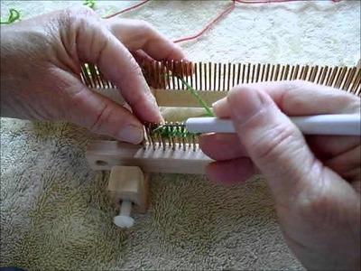 The U knit stitch on a fine gauge fixed KISS loom