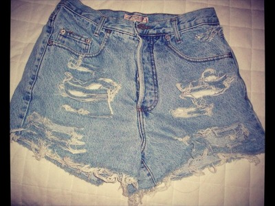 DIY Vintage Distressed High-Waisted Jean Shorts (EASIEST WAY)