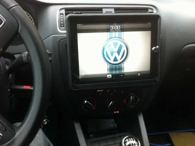 DIY How to custom mount I Pad 2 in Car Dash