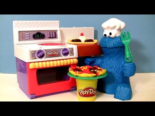 PLAY DOH Chef Cookie Monster Eats Letter Lunch Pizza From Meal Making Kitchen La Super Cucina