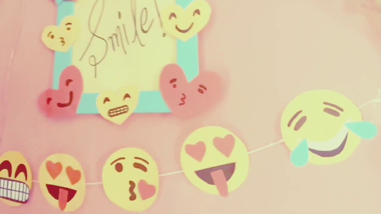 Emoji wall hanging. diy. cute frame. small project for kids