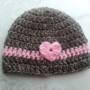 Hand crocheted beanie for baby girl newborn to 3 months.   Machine washable and dryable acrylic yarn - hand-crocheted
