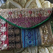 Clutch Bags & Crossbody Pouches