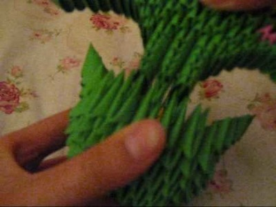 3d origami HOW TO:green fan-tailed peacock