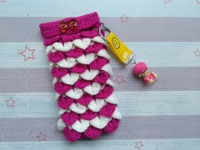 How to Crochet a Phone Pouch with Crocodile Stitch Design