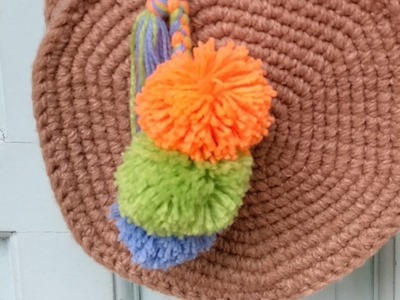 How to make the Pompom Keychain