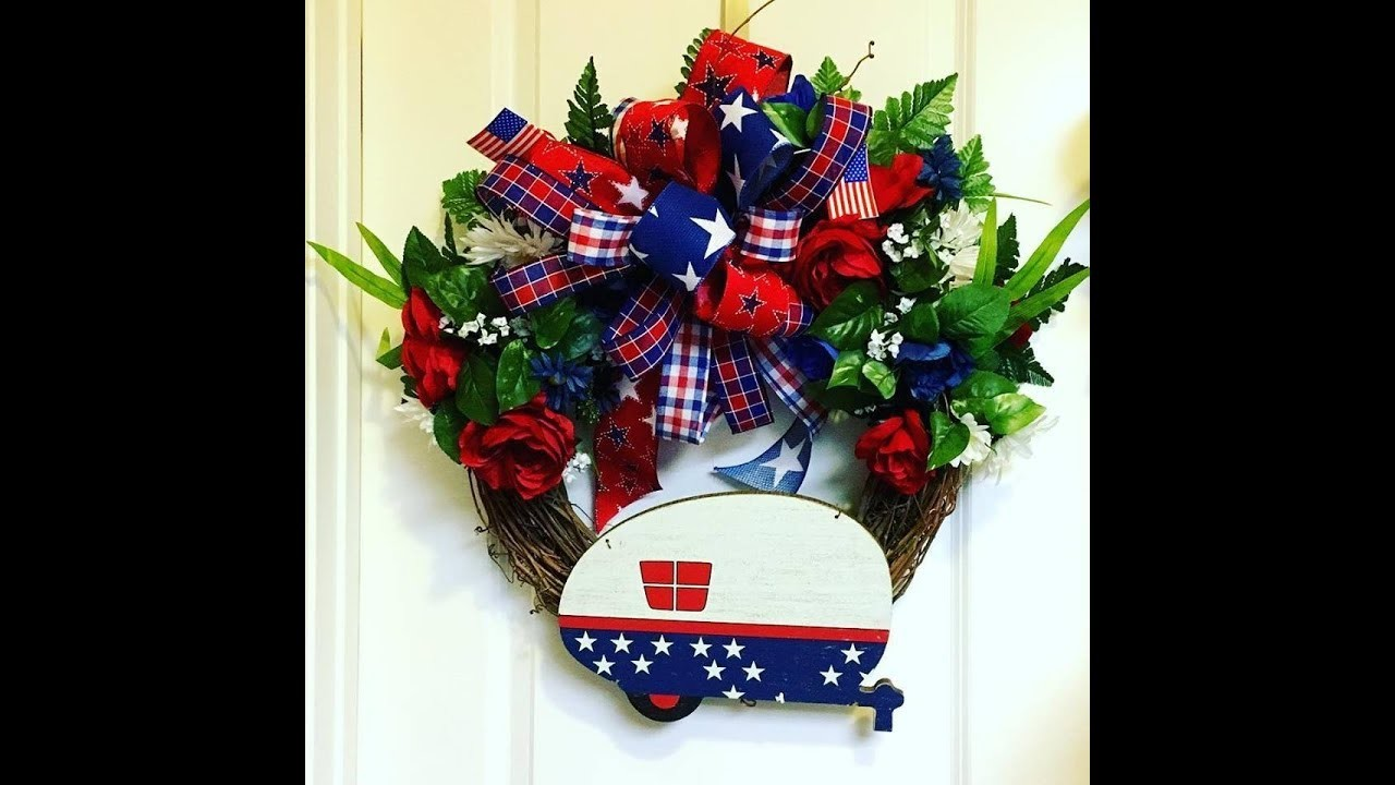 How to make a July 4th Grapevine Wreath with an easy bow