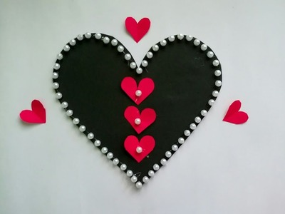 Diy paper heart wall hanging.Simple and beautiful wall hanging. diy paper flower wall hanging #29