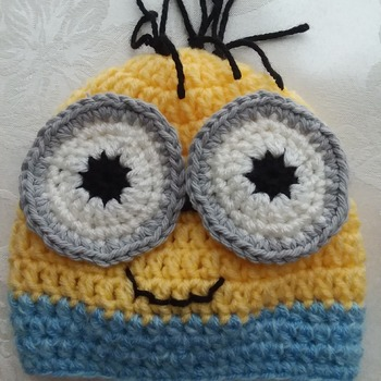 Minion Crochet Hat - Handmade - Acrylic yarn - Newborn to 6 months