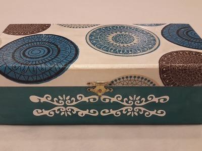 Decoupage box with napkin-DIY