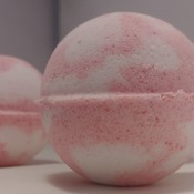 All natural handmade bathbombs