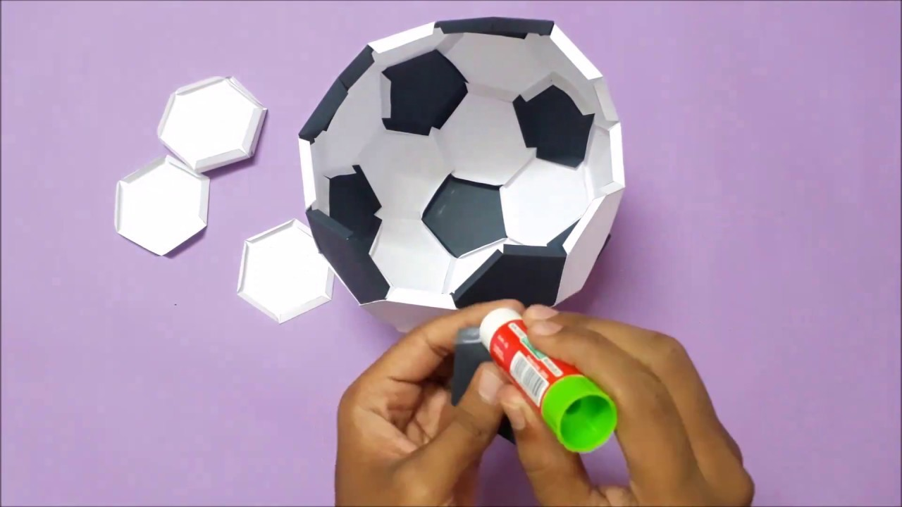 How to make Paper Football