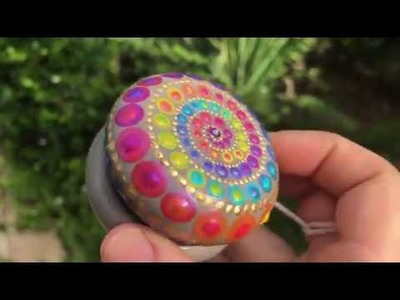 How to paint your own rainbow spiral yo yo