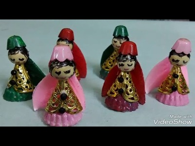 Little dolls with beads