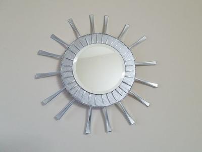 Espejo con tenedores de plastico. mirrow with plastic forks