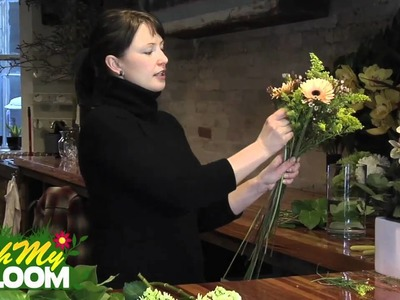 How to make a European hand tied flower arrangement