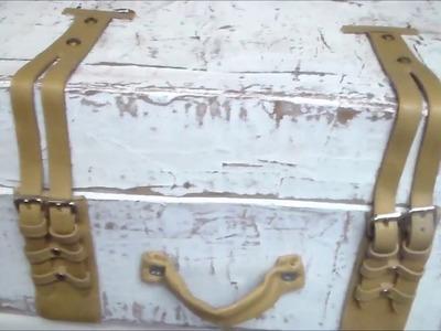 Vintage cardboard suitcase,maleta de carton estilo Vintage.