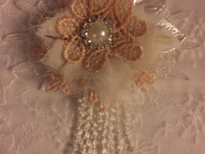 Easy no sew lace flower and a chat