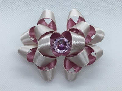 The decoration on the hairpin Kanzashi. Two-tone lush bow