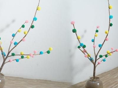 DIY Pom Pom - How To Make A Pom Pom Twig - #Diycrafts