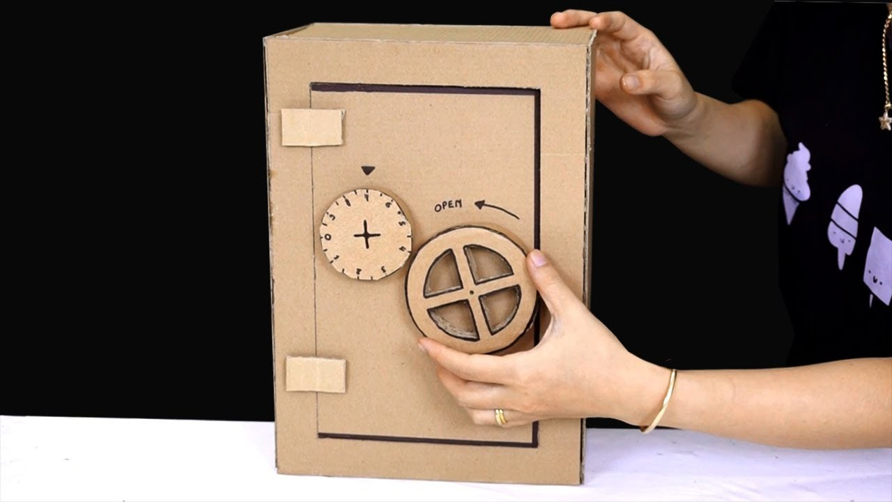 How to make a safe box from cardboard