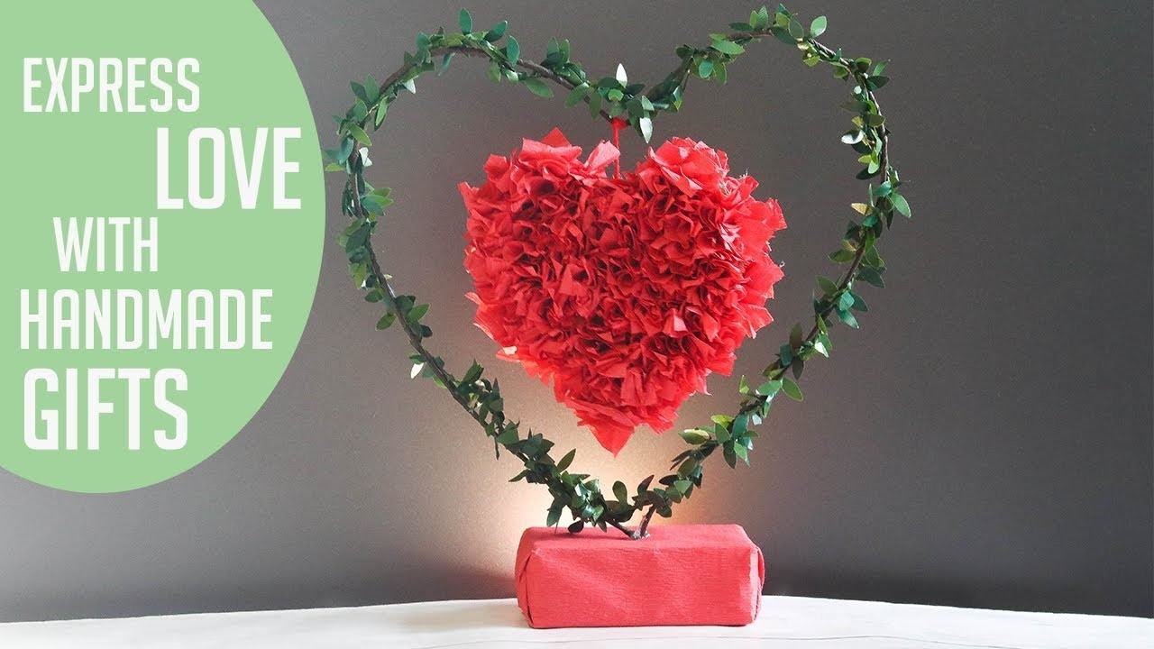 DIY Paper crafts | unique valentine's Day gifts | diy show showpiece |