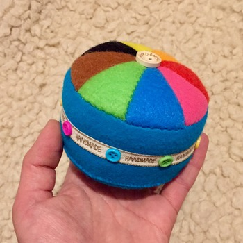 Felt Color Wheel Rainbow Pincushion 8 colours GIFT