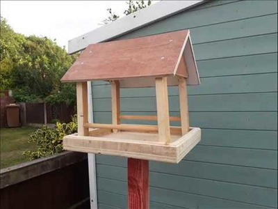 How To Make A Bird Table Out Of A Pallet