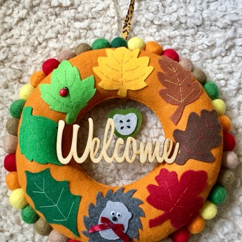 Autumn inspired Welcome felt Leaf Wreath with cute Hedgehog