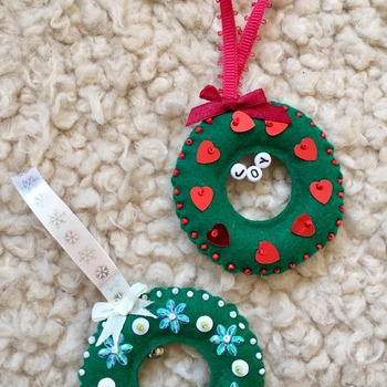 Mini Wreath Felt Christmas Ornament 2 piece set