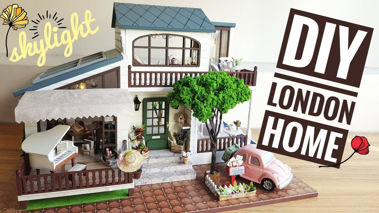 DIY Miniature Dollhouse London Holiday Home with Lights