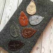 Mobile phone case - Felt soft smart phone case Nature's leaves