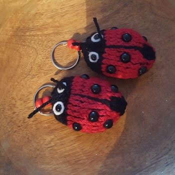 Knitted lady bug keyring