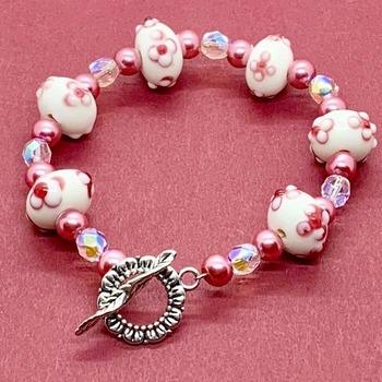 Pink and White Flower Bead Bracelet