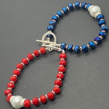 Faceted Bead and Single Pearl Bracelet in Various Colors