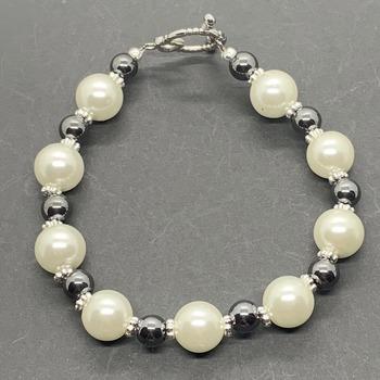 Ivory Pearl and Round Hematite Bead Bracelet