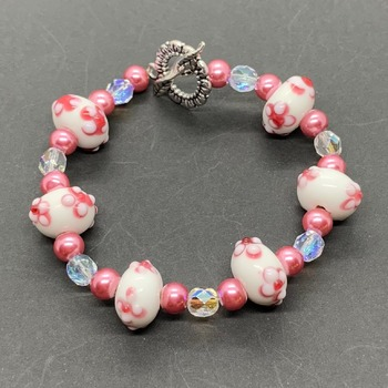 Pink and White Flower Bead Bracelet