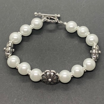 White Pearl and Antique Silver Flower Bead Bracelet