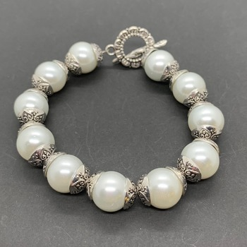 White Pearl with Antique Silver Bead Cap Bracelet