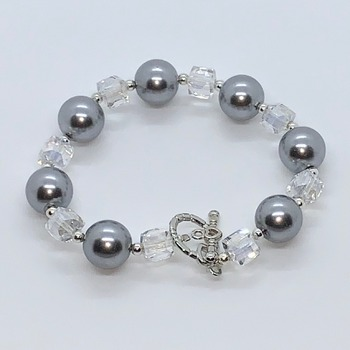 Gray Pearl and Crystal Czech Bead Bracelet